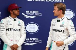 Ο Hamilton την 4η φετινή του pole.