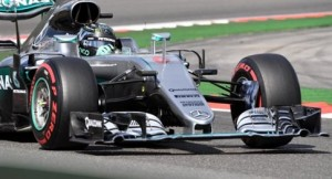 Ο Νίκο Ρόσμπεργκ εξασφάλισε την pole position,