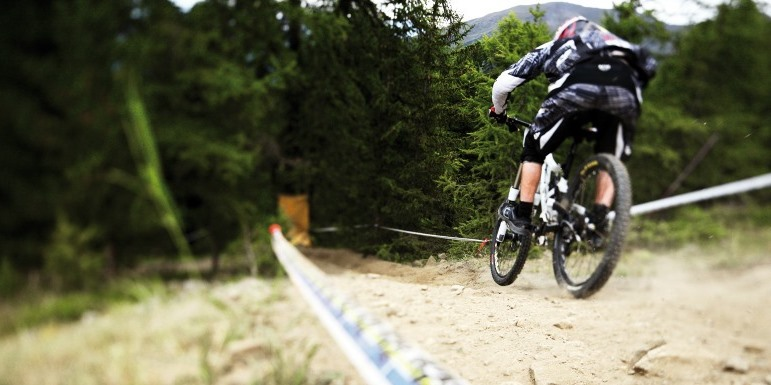 downhill-mouzaki-2016-1