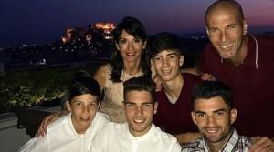 Ο Ζιντάν  στην Ελλάδα για διακοπές-Στην Αντίπαρο ο Χιου Τζάκμαν