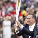 Παραδόθηκε η Ολυμπιακή Φλόγα στους Νοτιοκορεάτες