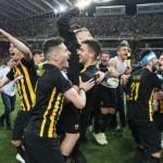 Πρωταθλήτρια Ελλάδας η ΑΕΚ και το πανηγύρισε