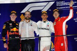 Ο Χάμιλτον κέρδισε το GP Σιγκαπούρης