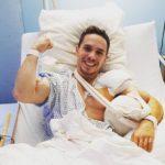 Πετρούνιας: Η πρώτη φωτογραφία μετά το χειρουργείο και το «ευχαριστώ»